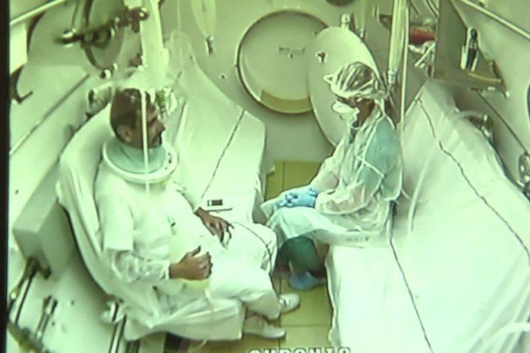 A Toulon, l'hôpital Sainte-Anne teste le caisson hyperbare pour les malades du Covid